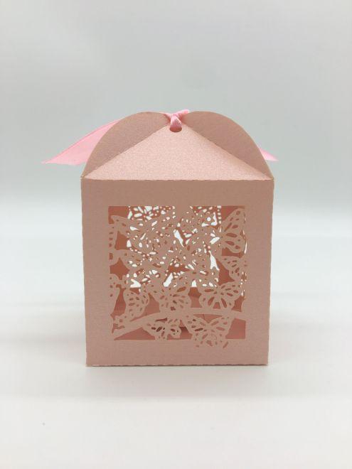 Marturii de nunta cutiute fluture roz